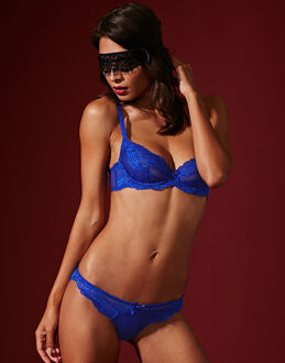 L'Agent by Agent Provocateur Rosella Non Padded Plunge Bra