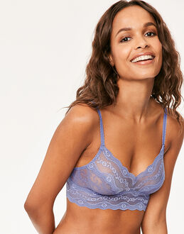 B.tempt'd Lace Kiss Bralette