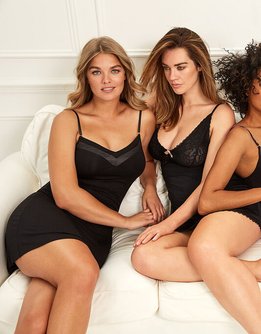figleaves Camelia Hidden Support Soft Touch Chemise