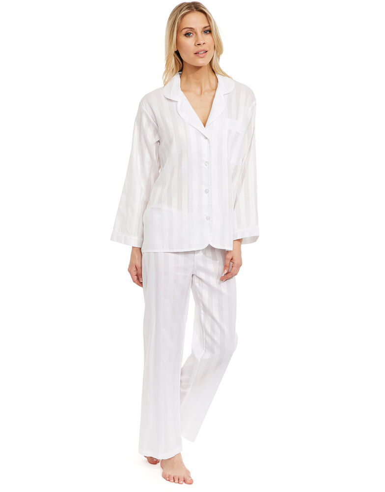 Choose from jersey pyjama jumpsuits and onesies to fluffy slipper sets, for sleepwear that's both cosy and chic. Pyjama Sets Night Shirts Dressing Gowns Pyjama Tops Pyjama Bottoms Slippers Show Less.