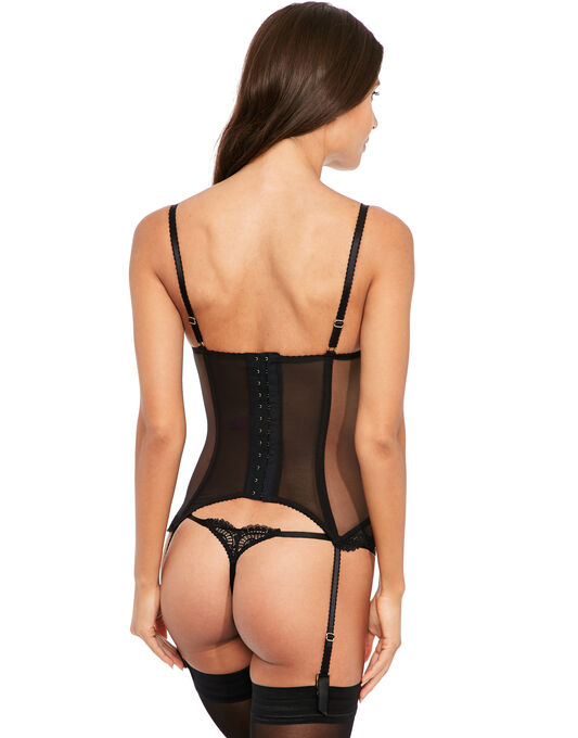 L'Agent by Agent Provocateur Vanesa Basque