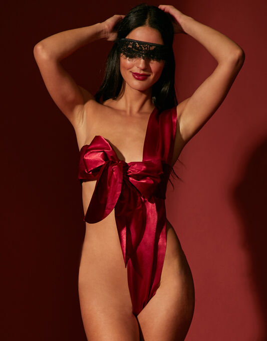 All Wrapped Up Body Bow