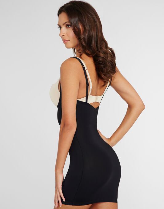 Yummie Pretty Powerful Grace Low Back Bustless Slip