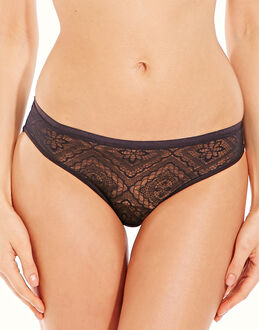 Wonderbra Full Effect Lace Brazillan Brief