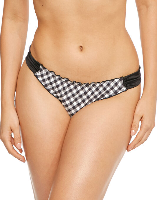 Pour Moi? Checkers Tab Brief