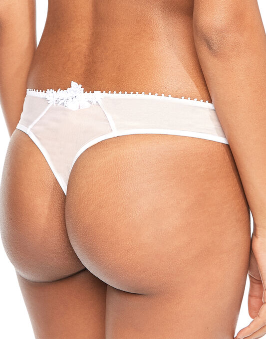 Passionata by Chantelle White Nights String