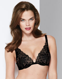 Wonderbra Refined Glamour Triangle Push-up Bra