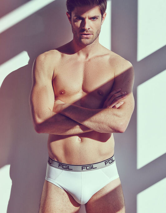 Essentials 3 Pack Briefs
