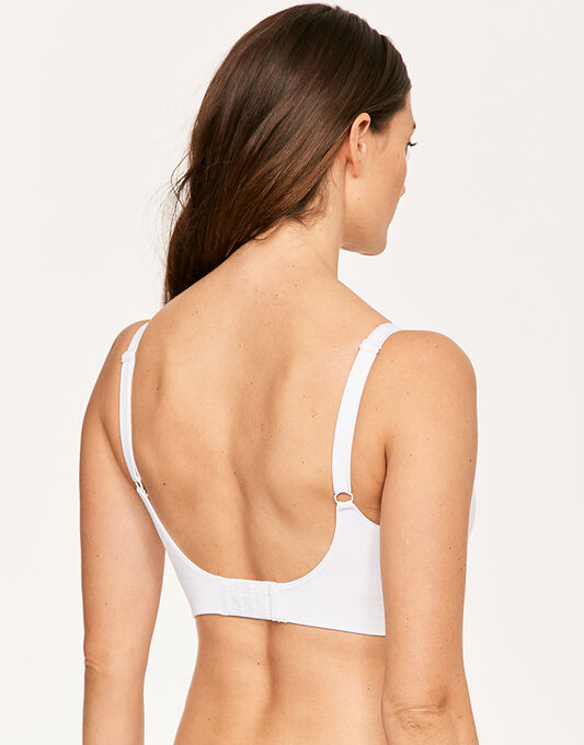 A growing trend in the category, yoga nursing bras are suddenly everywhere. From the brand with the most comfortable nursing bra comes this low-impact activity bra made from the same soft, flexible material. Wear to yoga or Pilates, or anytime you need a little extra support.