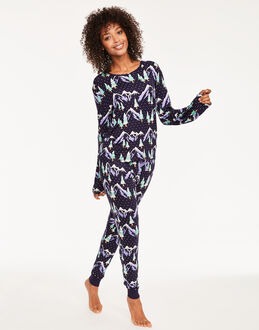 Chelsea Peers Snowy Mountains PJ set