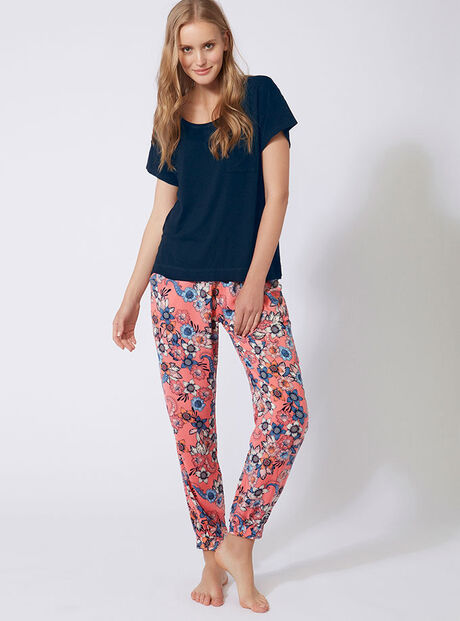 Zany tee and pants set