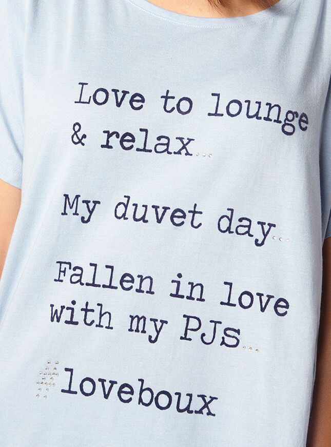 Love to lounge tee and leggings pyjama set