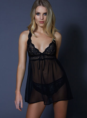 Verity thrill chemise and thong