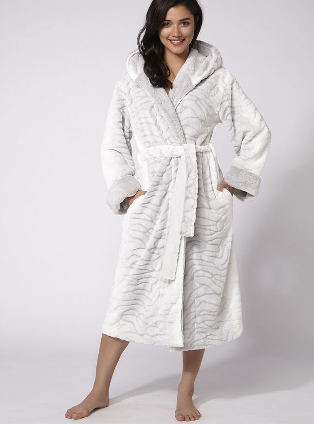 Arctic fox robe