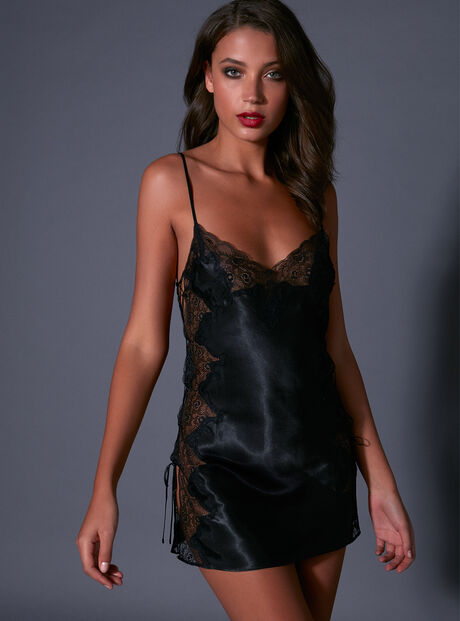 Sophia satin chemise