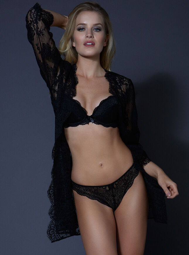 Latisha lace robe