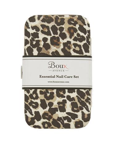 Leopard manicure set