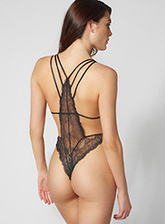 Jessica strappy body