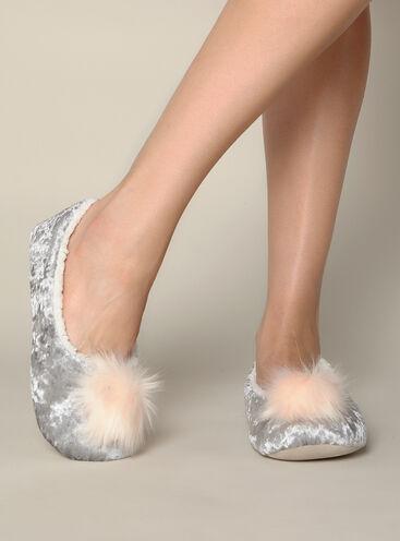 Velvet pom pom slippers