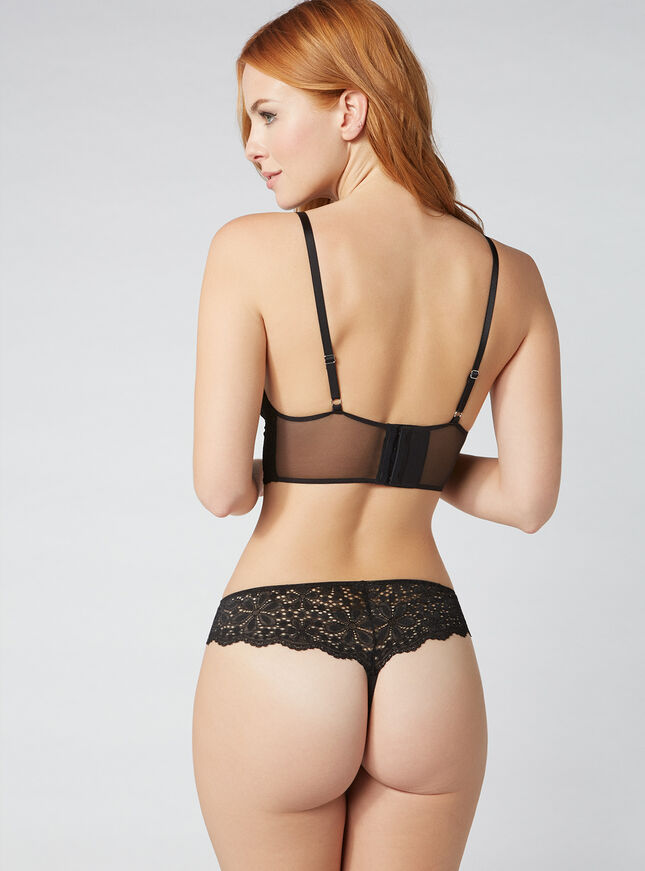 Daisy lace thong