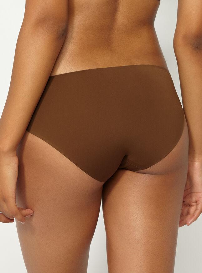 Bonded shorts