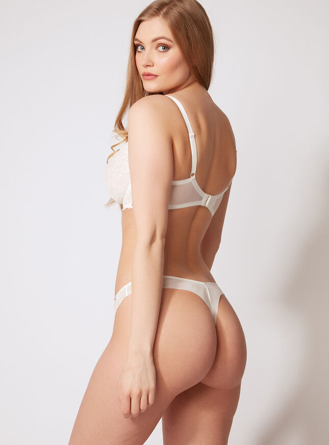 Malise lace thong