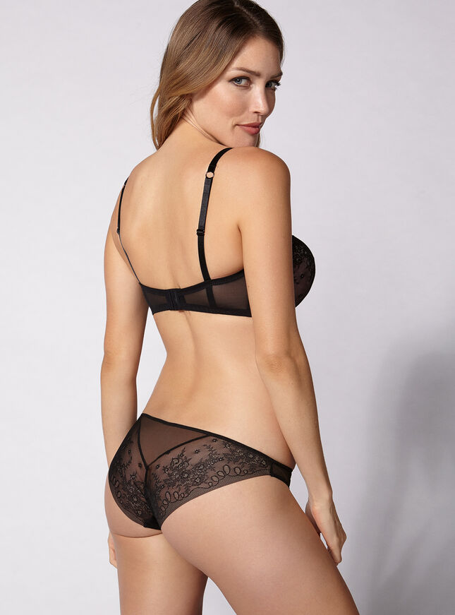 Sleek lace briefs