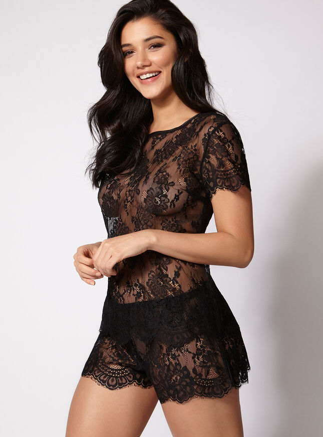 Lace tee and shorts set