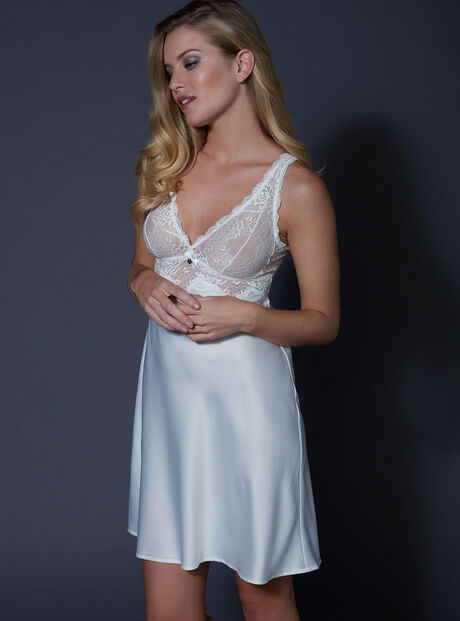Tori satin and lace chemise