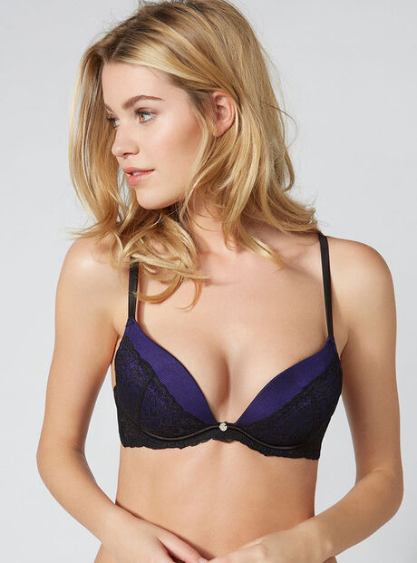 Jodie cleavage plunge bra