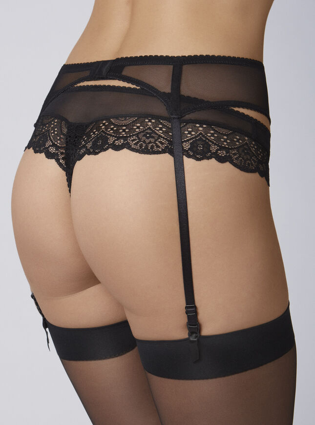 Tori suspender belt