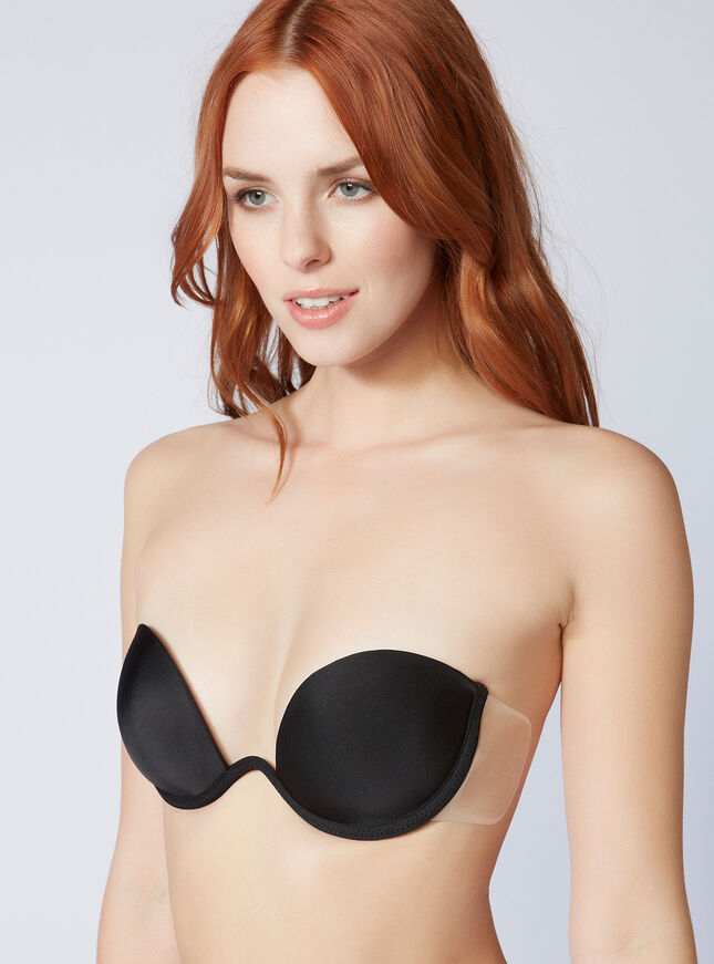 Backless bras give incredible support and wardrobe versatility, perfect for open back dresses and backless tops. Clever designs, such as adhesive bras or strapless backless bras, support stay-put fit, with seams that stabilize and add extra support to your bust.