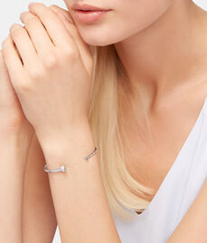 Luxe Nail Wire Cuff