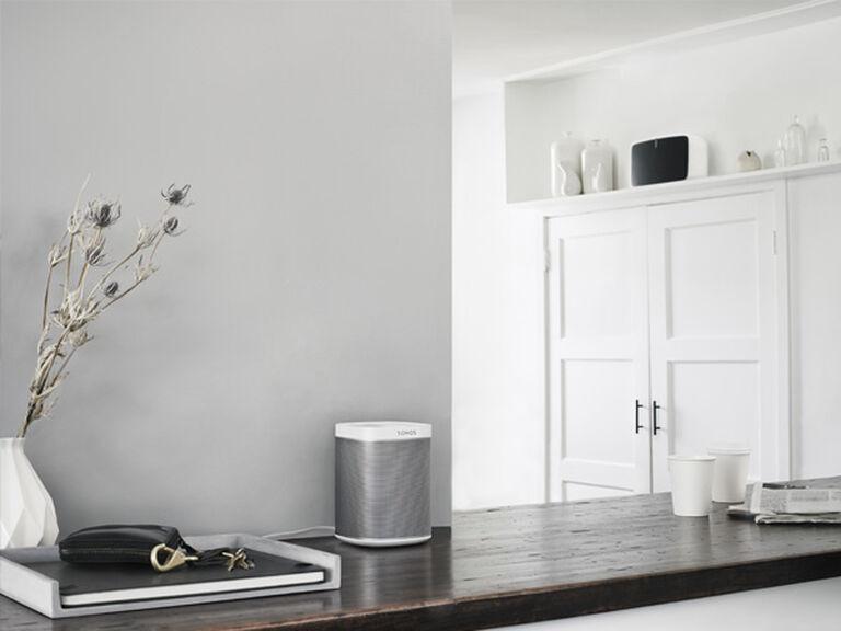 Easy setup  A range of options. Wireless Speakers   Sonos