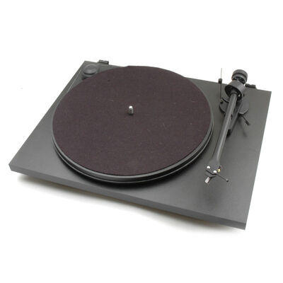 Pro-Ject Essential II Phono USB Turntable