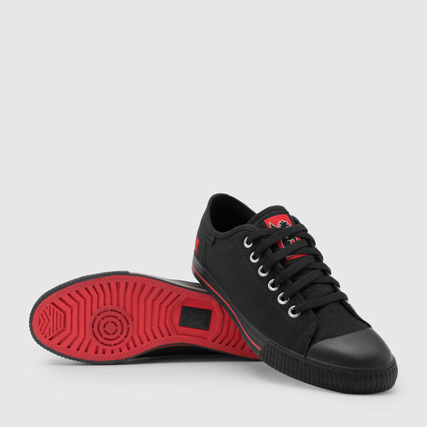 Storm Kursk Bike Shoe in Black / Black - medium view.