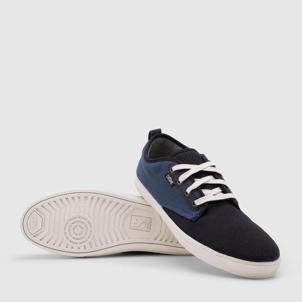 Ishak Sneaker