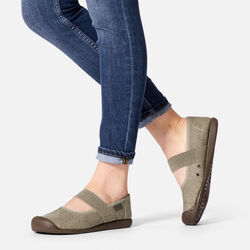 Women's Sienna MJ Canvas in  - on-body view.