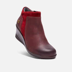 Women's KEEN Wedge Zip in Red Dahlia - small view.