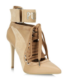LACE UP HEEL BY RIHANNA