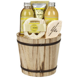 ECOBALANCE Basket Bath Gift Set Vanilla - 6 piece