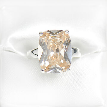 Marca Cham Ring - Size 8