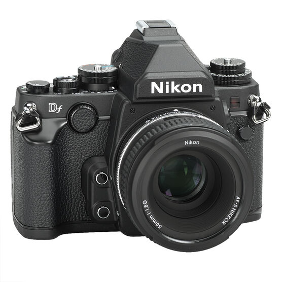 Nikon Df Black w/50mm f/1.8G Lens - 33707