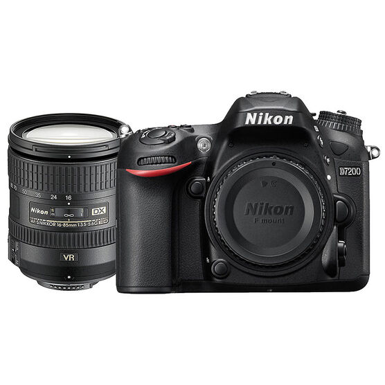 Nikon D7200 with 16-85mm VR Lens