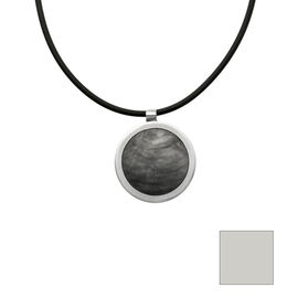 Merx Reversible Circle Resin Shell Necklace - Charcoal/White