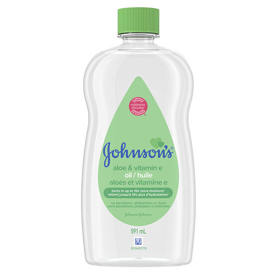Johnson & Johnson Baby Oil with Aloe Vera & Vitamin E - 591ml
