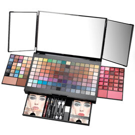 Beauty Scene Make Up Kit - 181 Piece