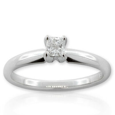 Ikuma Canadian Princess Cut Diamond Solitaire Ring 14K, 1/4 ct.