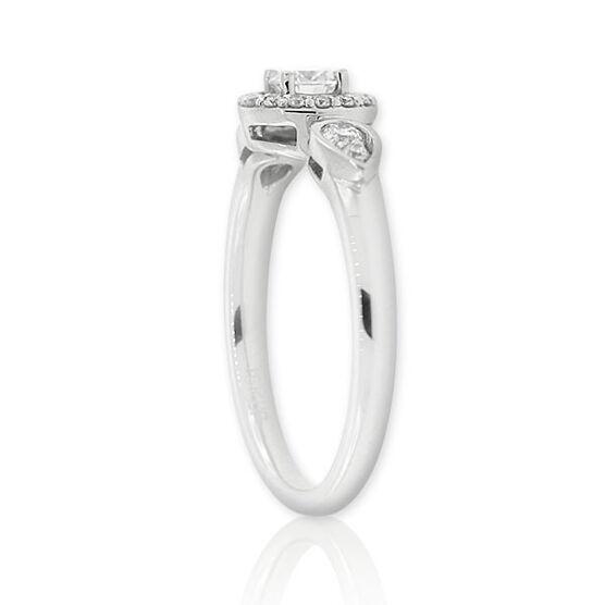 Forevermark Diamond Ring 18K, 1/5 ct. center