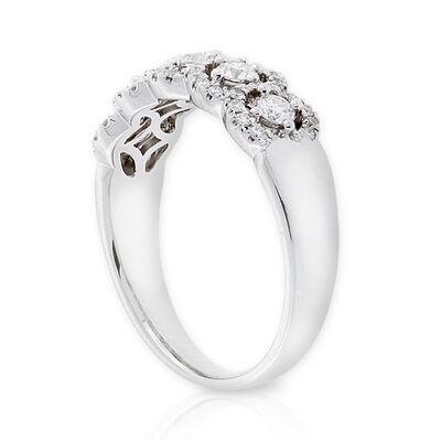 Circle Diamond Band 14K